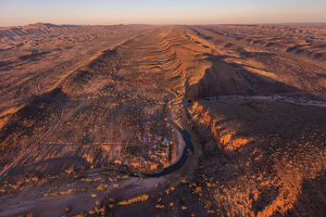 aerial views/aerial photography west macdonnell ranges west