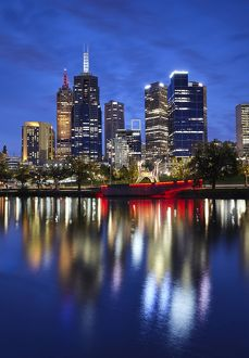 photographers/allan baxter/financial district melbourne river yarra illuminated
